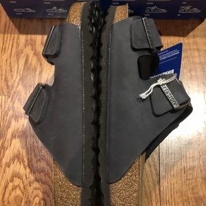 Birkenstock Shoes - Birkenstock Arizona black leather 7 medium new